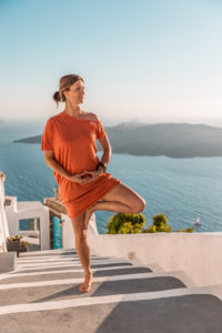 Yoga with Veronika in Santorini